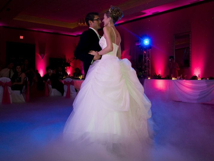 Tmx 1520414016 F7b9688ae44715f2 1520414014 A042a8993ea9a35d 1520414008070 2 Cloud Effects Harrisburg wedding dj