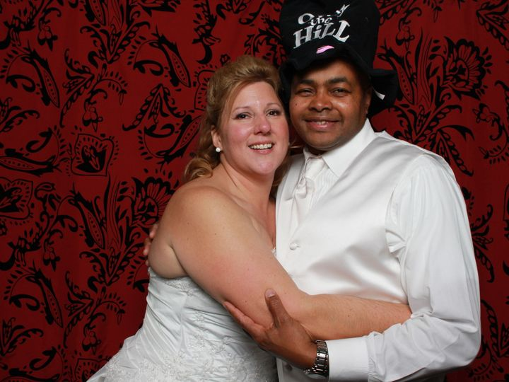 Tmx 1520414017 634750dd82adec0c 1520414015 Bd5da85304d530c4 1520414008080 7 PhotoBooth5 Harrisburg wedding dj