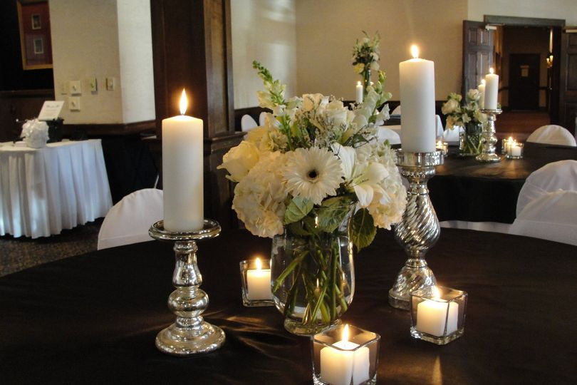 Candle lights and centerpiece