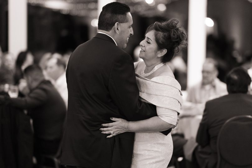 Father and mother first dance