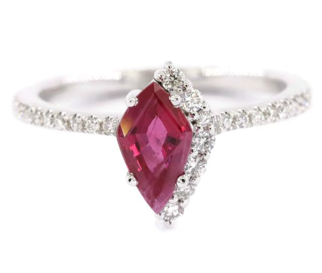 Kite shape ruby ring