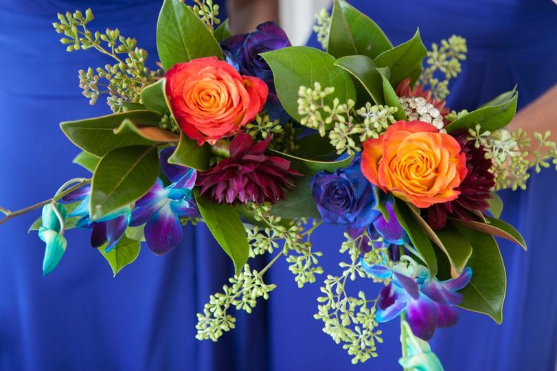 Vibrant jewel tones for bridesmaids dresses and bouquets