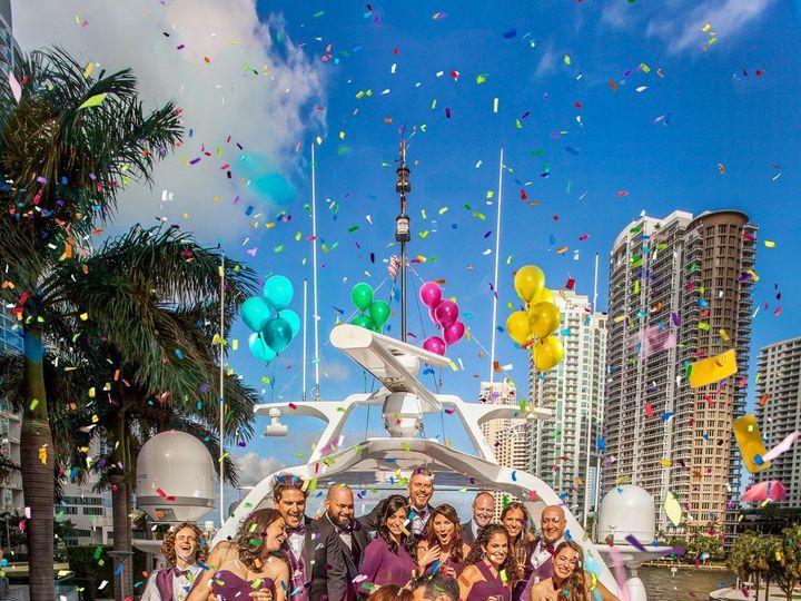 Tmx Fun Boat Wedding Photos Miami 51 963275 158629748464313 Miami, FL wedding photography