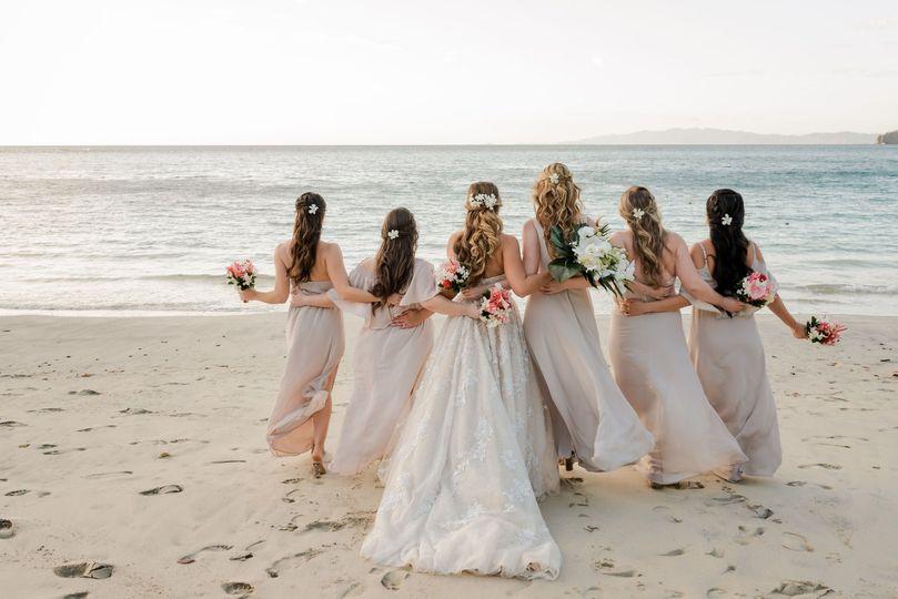 Bridal party on Playa Tamarindo