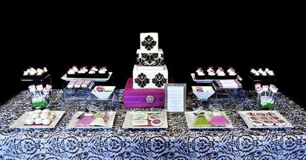 Tmx 1272372290197 CoutureCakeryJDKApril2010352 Tustin, CA wedding cake