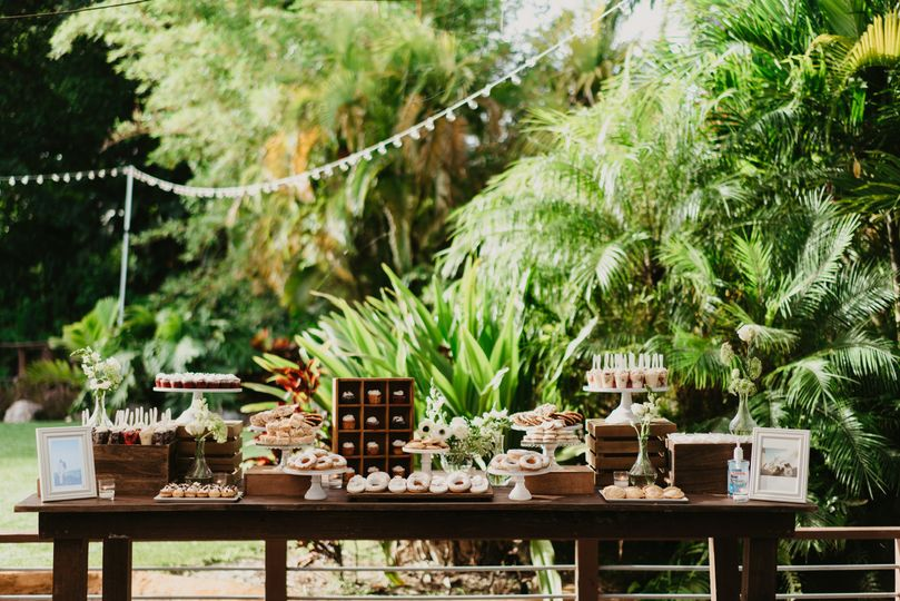 Sweets table decor
