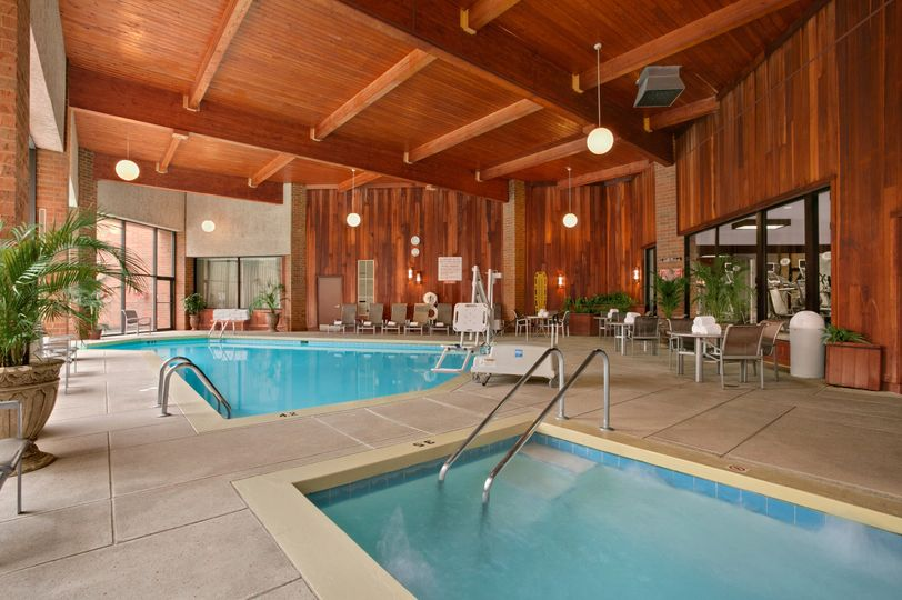 Crowne plaza columbus north worthington venue - Hotels with swimming pools in dublin ...
