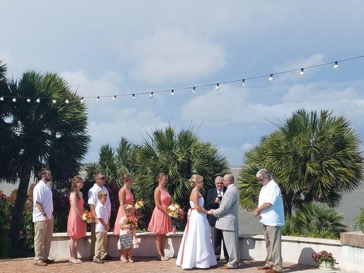 Beach weddings are so much fun