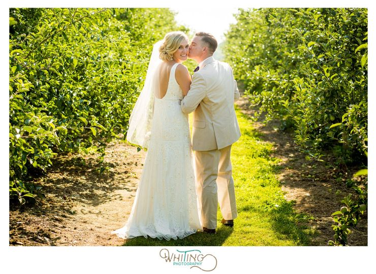 sweet berry farm orchard field wedding middletown rhode island newport county ri stephen whiting photography 7 51 561375