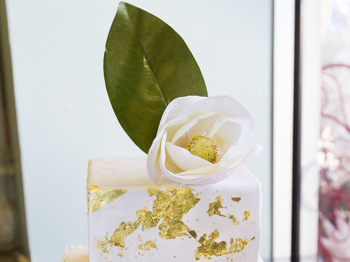 Tmx 1519153721 575b870abafb0f09 1519153717 E9f17460a0ea8cb9 1519153710537 16 Gold Wedding Cake Winston Salem wedding cake
