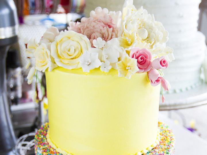 Tmx 1519153733 4e88898aeea86e7c 1519153727 93b1b00d1399beb6 1519153710545 23 IMG 9219 Winston Salem wedding cake