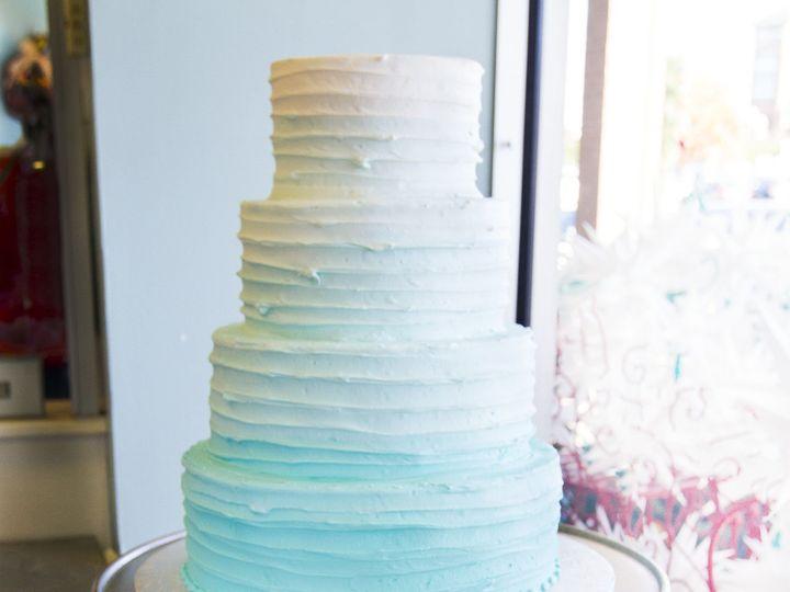 Tmx 1519153734 8f39bee6324205f9 1519153730 472d402b8ff3f976 1519153710548 26 IMG 9706 Winston Salem wedding cake