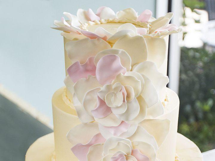 Tmx 1519153734 Da64b3693807c439 1519153731 50aea9d0a0e3cce8 1519153710549 27 Petal Cake Winston Salem wedding cake