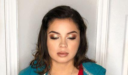 Maria Rizo Beauty 1