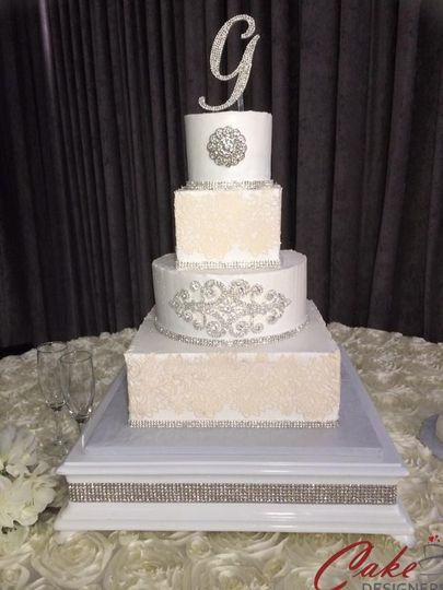 G cake wedding topper