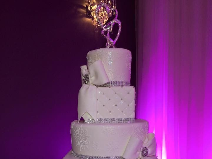 Tmx 1456869271342 117459678576858543175817474497834383089379n Sanford, Florida wedding cake