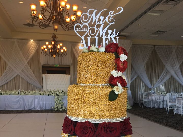 Tmx 47495910 528126444340528 5517067478066266112 N 51 444375 Sanford, Florida wedding cake