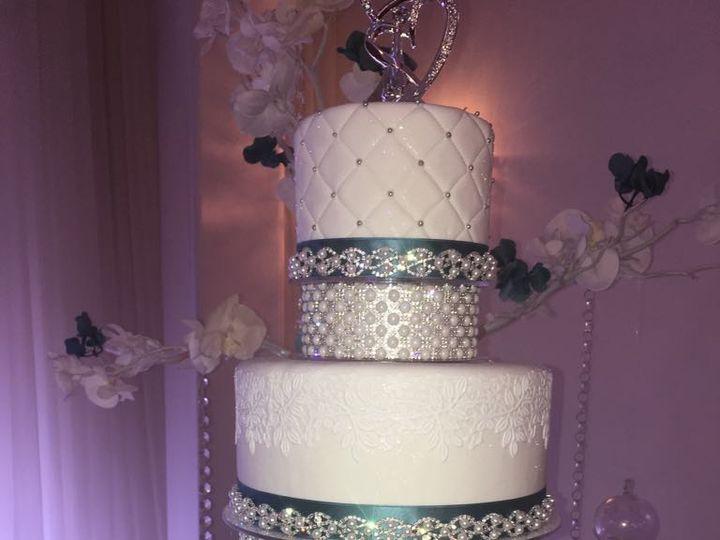 Tmx 47575194 2741148959298041 4090711867016609792 N 51 444375 Sanford, Florida wedding cake