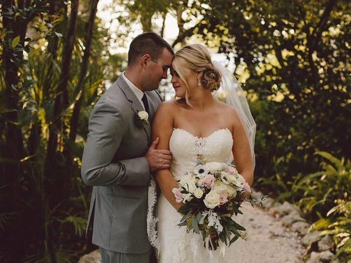 Tmx 1500467470178 1752324610839129250886201617935290259667830n Bradenton wedding florist