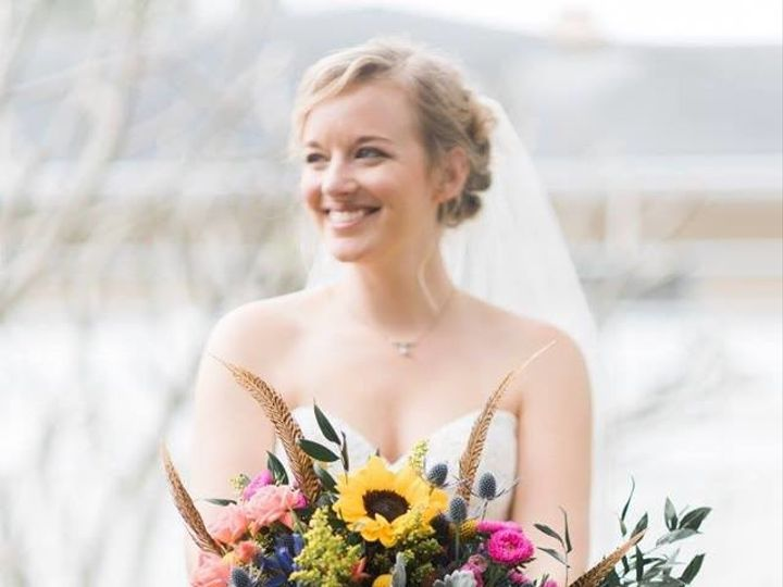 Tmx 1500467536653 1903058511337575534374904315250707575715819n Bradenton wedding florist