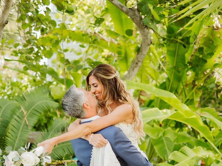 Tmx Tampa Wedding Photographer Rebecca And Josh Anna Maria Island Boho Beach Wedding Anna Maria Island Fl 01695 Websize 51 45375 1563223181 Bradenton wedding florist