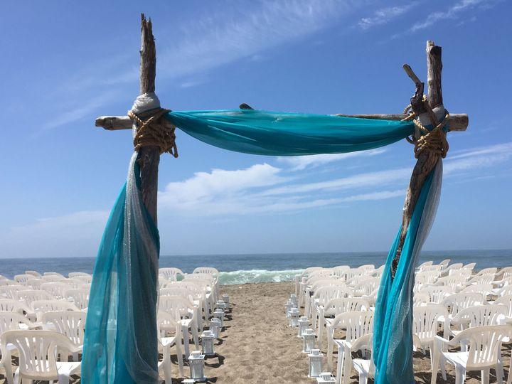 Tmx 1533685912 D2a437a442fdbf4d 1533685910 7eef65279cfe0f0f 1533685909809 3 Arch 2 Gleneden Beach, OR wedding venue