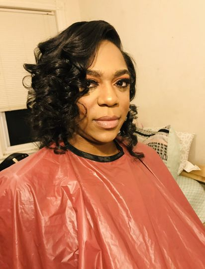 Wash and curl with makeup