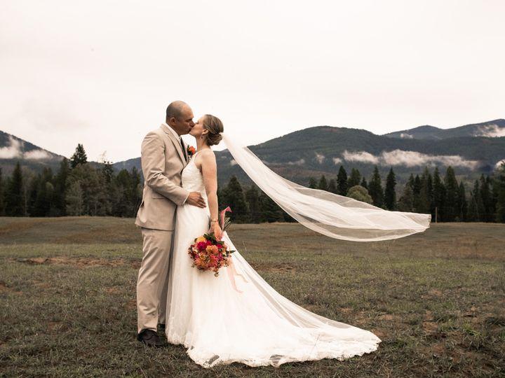 Tmx Preview 6 51 1039375 1572384813 Spokane, WA wedding photography