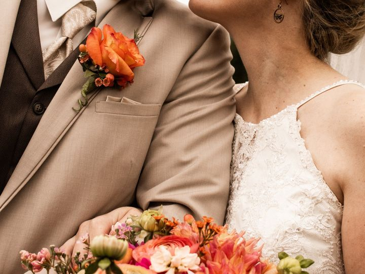 Tmx Preview 9 51 1039375 1572384815 Spokane, WA wedding photography
