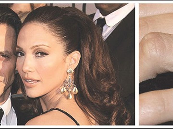 Tmx Most Famouscelebrity Engagement Rings Marc Anthony And Jennifer Lopez 1 51 1903475 159113161891463 Dallas, TX wedding jewelry