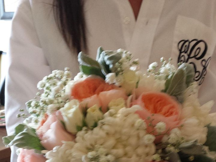 Tmx 20150425 105400 51 53475 157428676973923 Gilbertsville, PA wedding florist