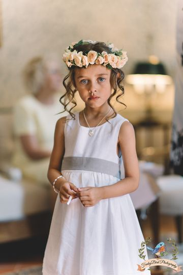 Flowergirl in Tuscany