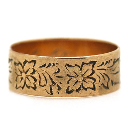 victorian cigar band in pink gold and engraved