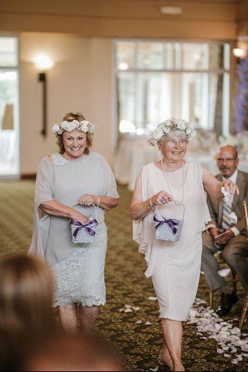 bridesgrandmasasflowergirls 51 908475 v1