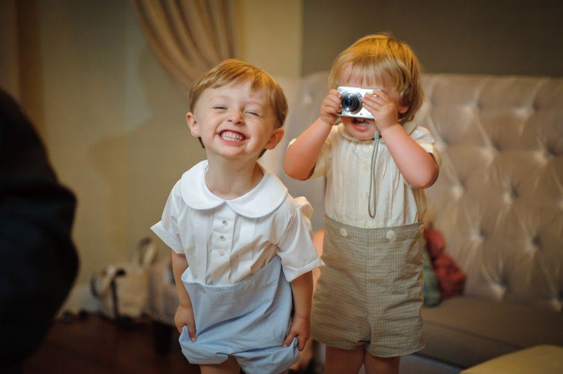 kids playing at reception 51 49475 1556136469