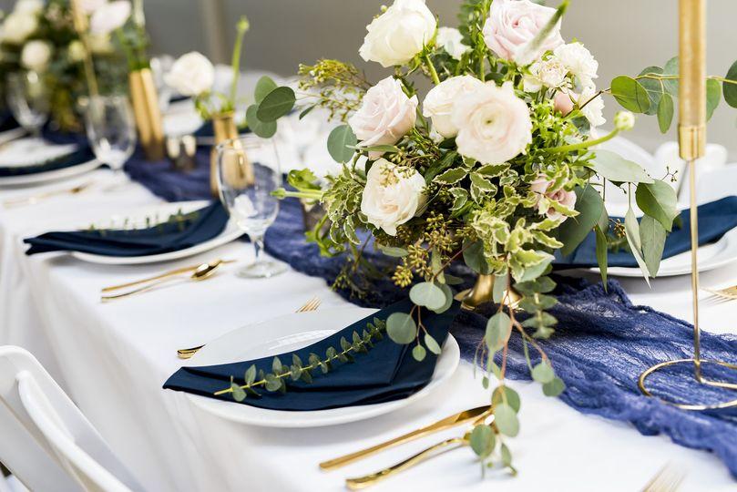 Ronin 1 floral centerpieces