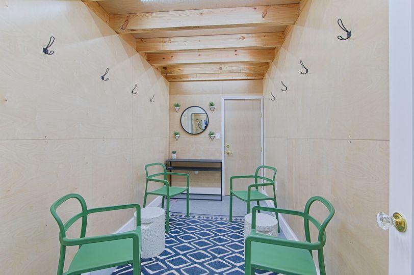Greenroom 2