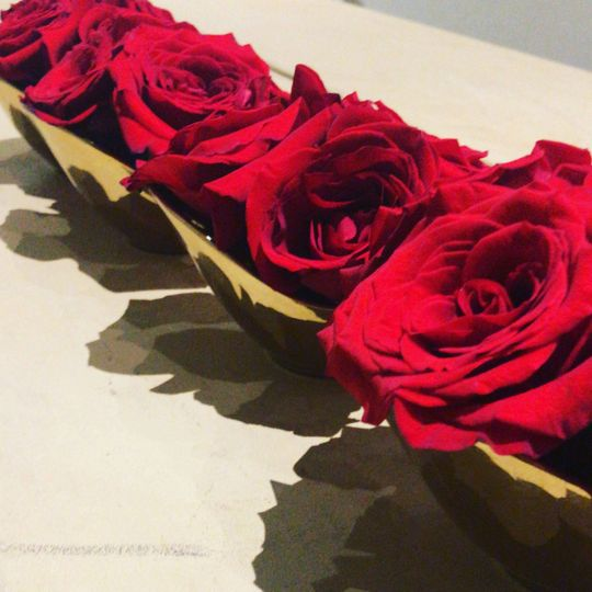 Mini roses vases