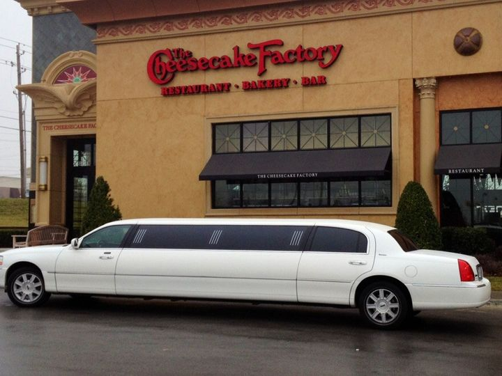 Tmx Lincoln Stretch At Cheesecake 51 117575 1570630690 Tulsa wedding transportation