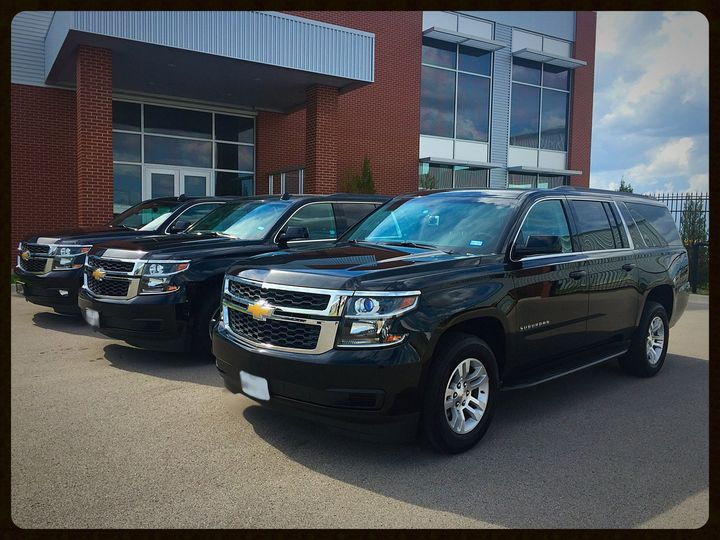 Tmx Suvs At Legacy 51 117575 1570630550 Tulsa wedding transportation