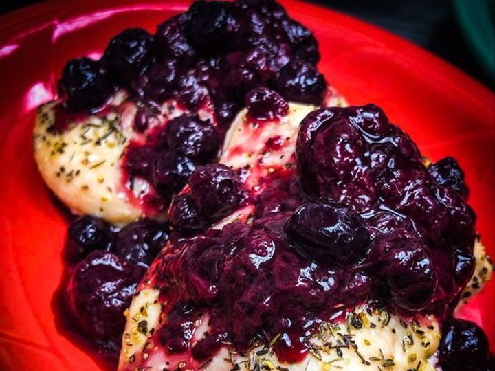 Tmx Berry Chicken 51 118575 Salem, OR wedding catering