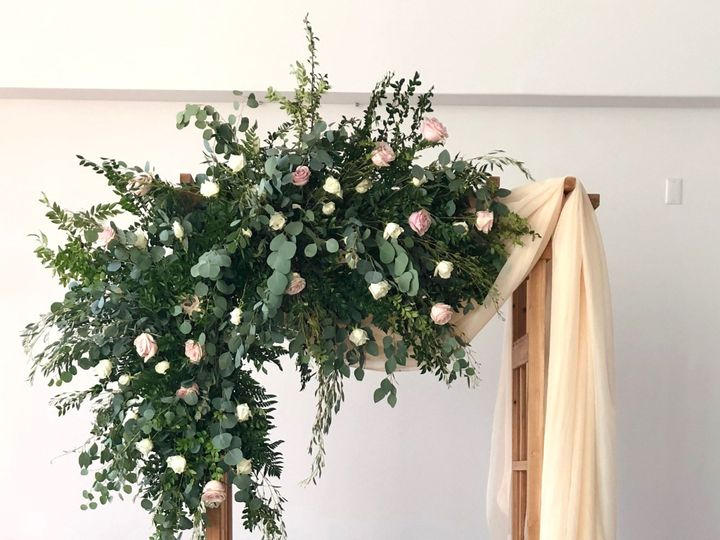 Tmx Pearwood Floral Arch 51 1888575 1572915127 Camden, NJ wedding planner