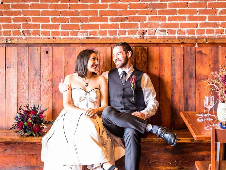 Tmx  Sfp2536 51 1509575 1567114720 Hillsboro, OR wedding florist