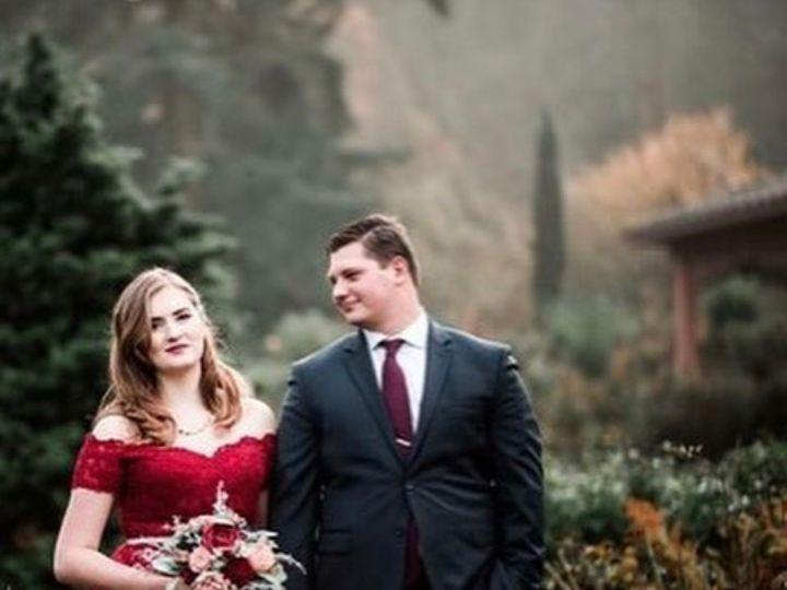 Tmx 21 12 18 0918 2 51 1509575 1567114761 Hillsboro, OR wedding florist