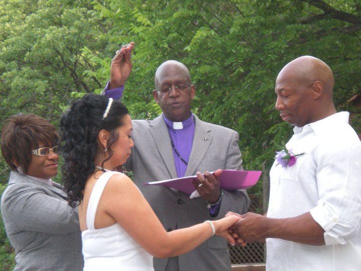 Tmx Blessing The Rings 51 1000675 1559161065 Carrollton, Texas wedding officiant