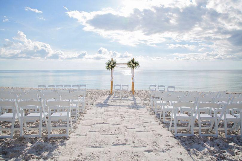 800x800 1478368246293 Hilton Naples Wedding 13