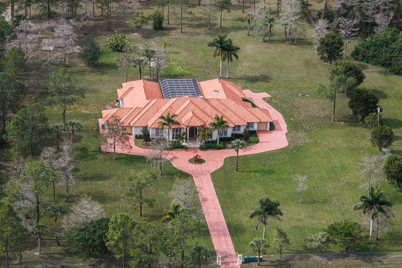 Luxurious Estate