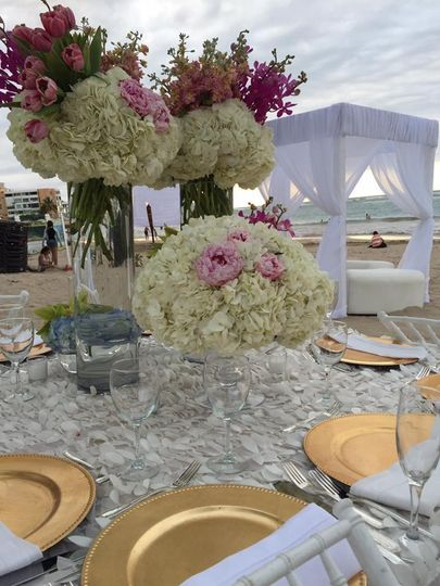 Large bouquet centerpiece
