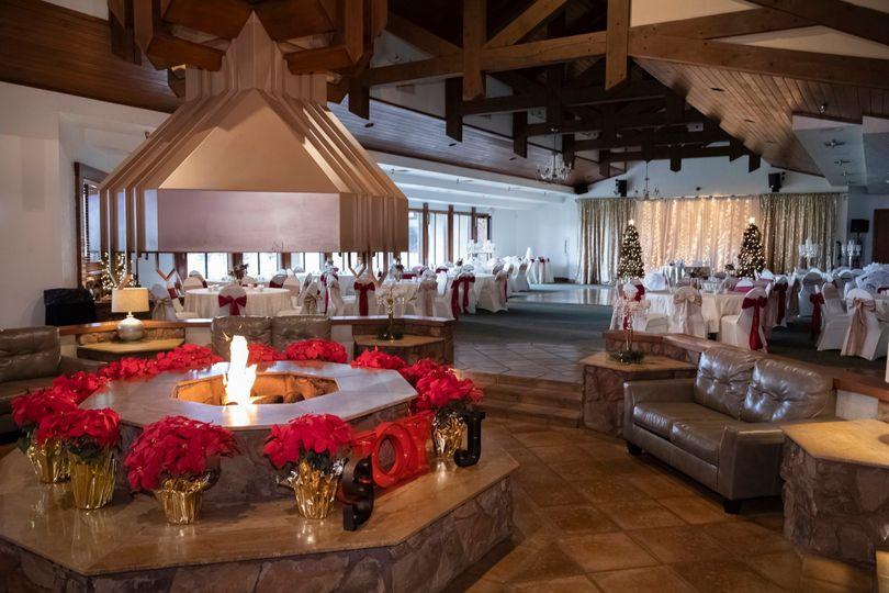 Christmas Wedding Setup