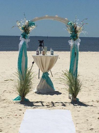 800x800 1471381229376 Beach Wedding